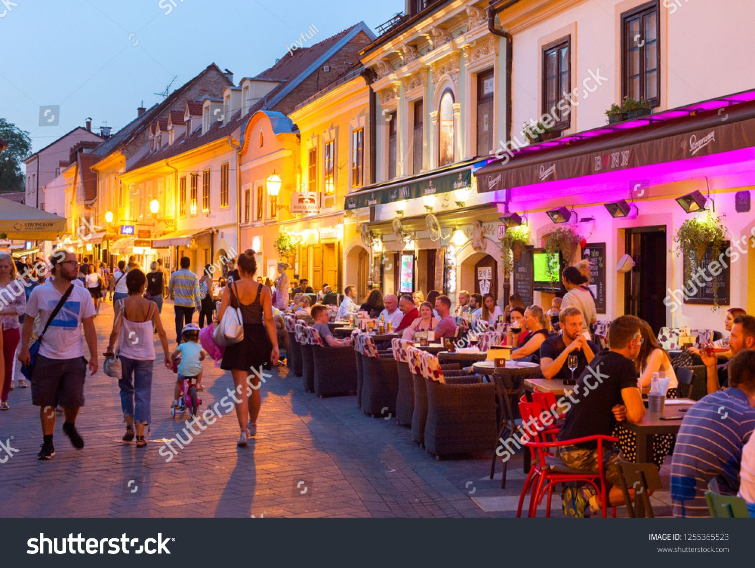 Zagreb Croatia Aug 25 2017 Locals And Tourists Having A Dinner At Restaurants At Ivana Racica Street Zagreb Is A Capital An Zagreb Croatia Zagreb Croatia