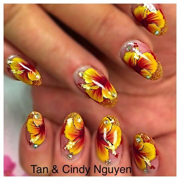 Uñas de gel con pegatinas - Gel nails with flowers | Uñas decoradas ...