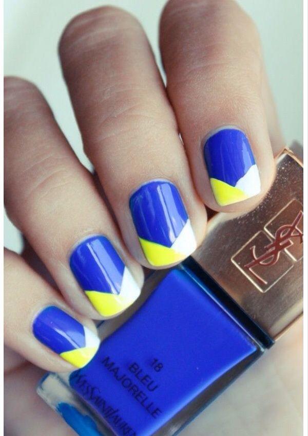 Uñas azul rey/amarillo