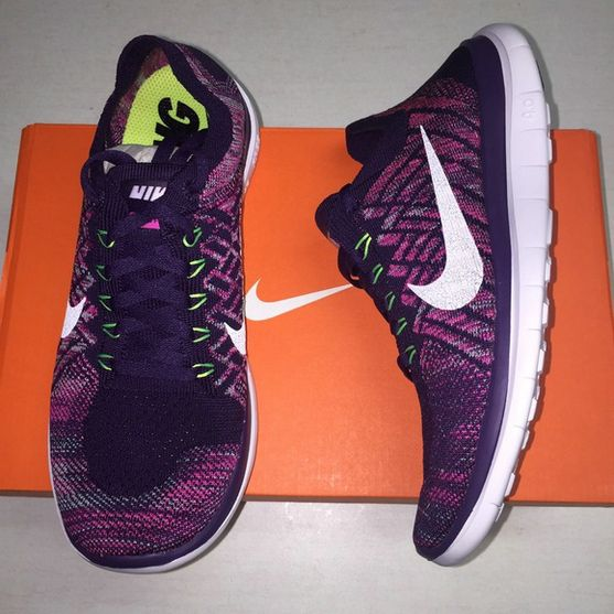 This pair of popular Nike shoes really good looking, not