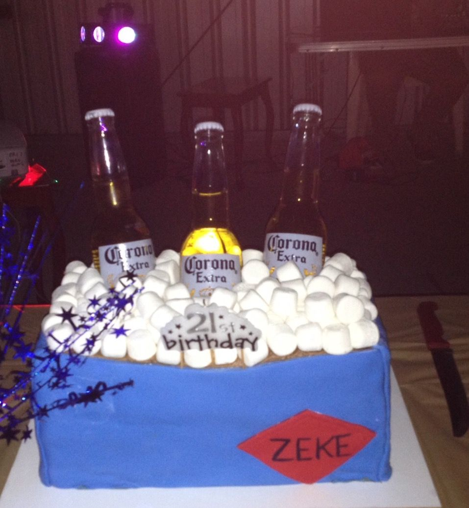 Drinks esky style cake with marshmallow