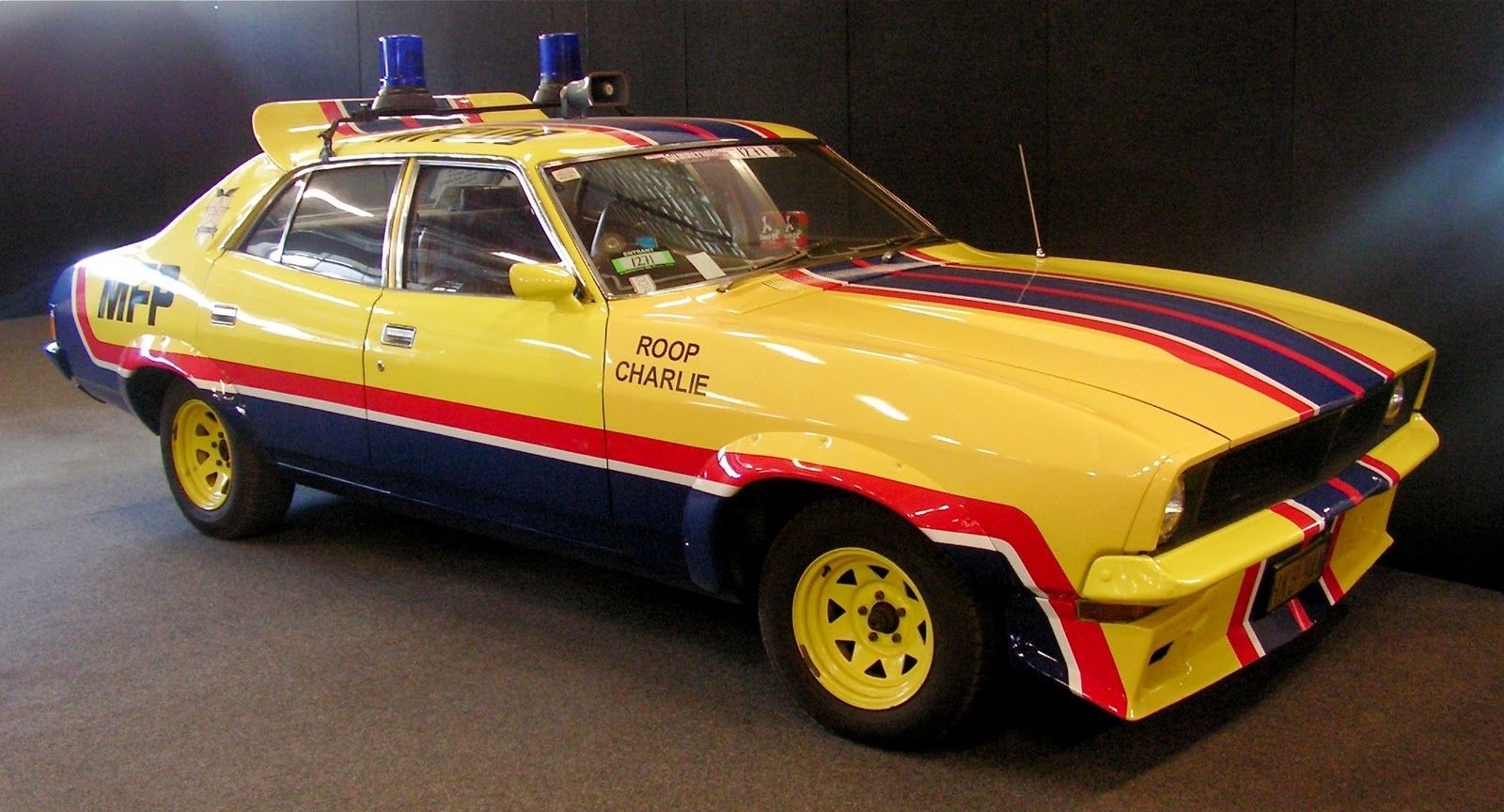 Mad Max Pursuit Cars movie, Car max, Mad max