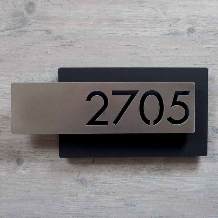 Custom Modern Layered Floating House Numbers Horizontal Offset In Stainless En 2020 Numeros De Casas Buzones De Correo Placa De Direccion