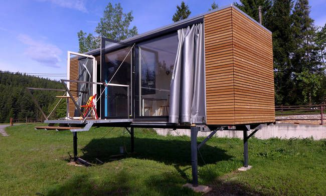 the simple home nomadic gerhard feldbacher a tiny house. Black Bedroom Furniture Sets. Home Design Ideas