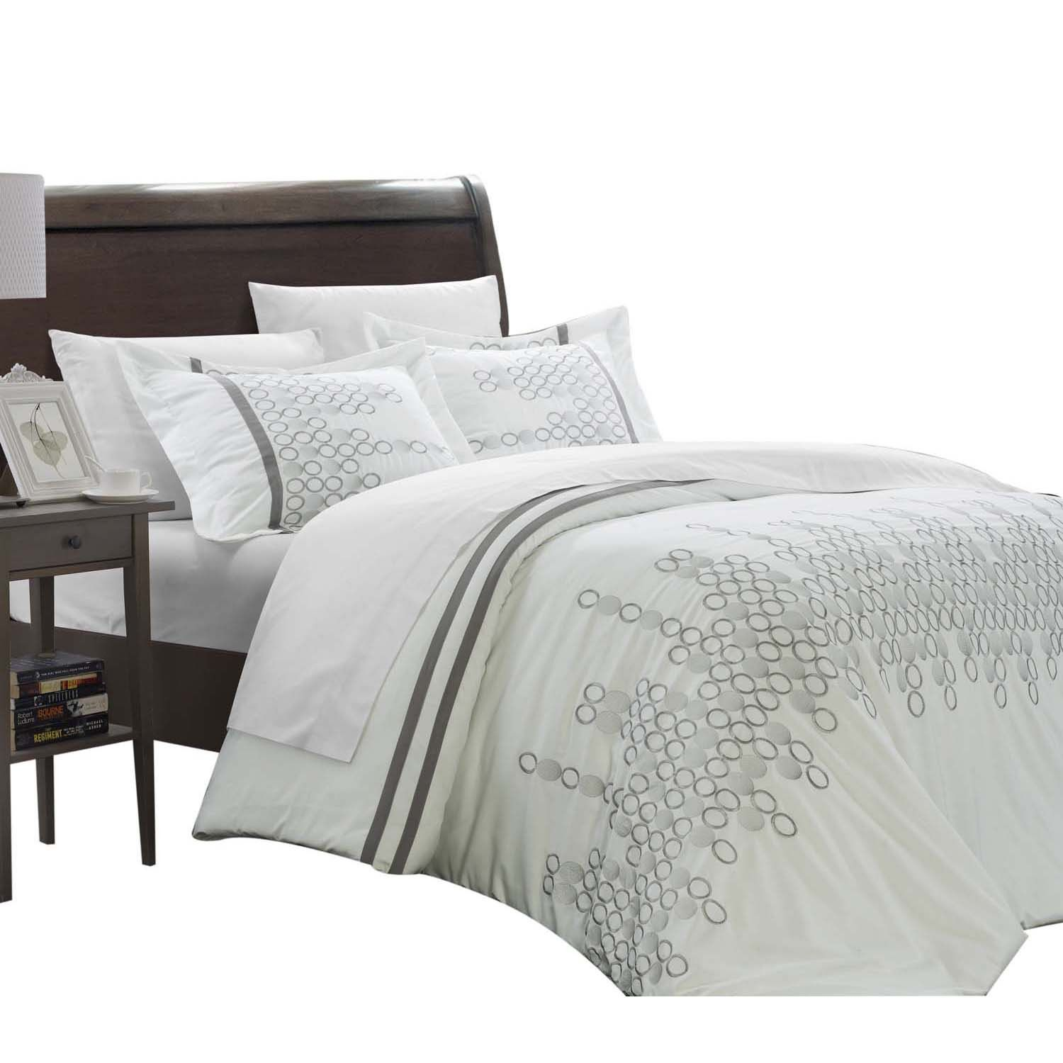 Mike Embroidered Contemporary 7 Piece Duvet Cover Set King & Queen White
