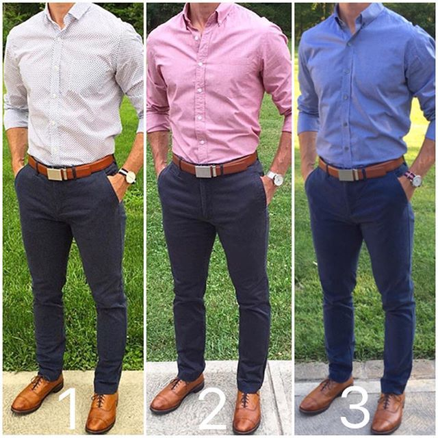 Navy Chinos Are An Essential Item That Every Guy Should Have In His Wardrobe T Ropa De Hombre Casual Elegante Combinar Ropa Hombre Ropa Casual Hombres