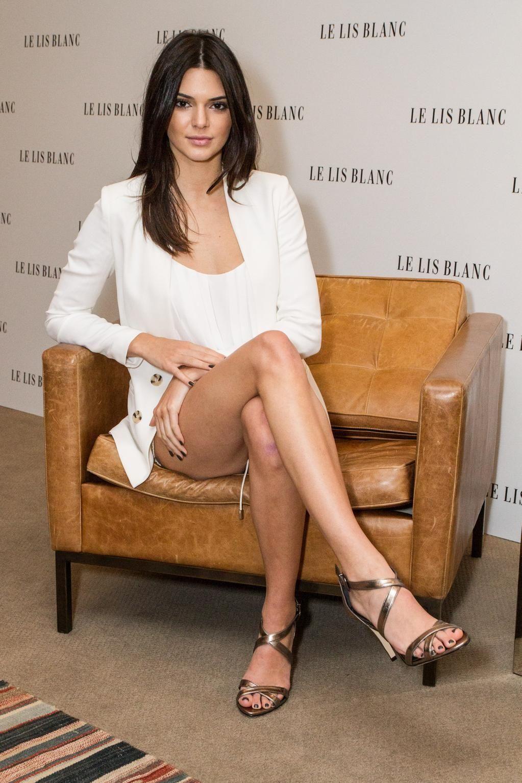 Kendall Jenner Got Hot Legs Got Legs Pinterest Legs