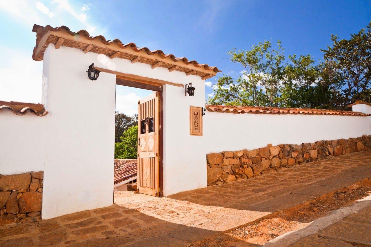 Casas en barichara eksss casas casas de fincas y casa for Entradas de casas rusticas