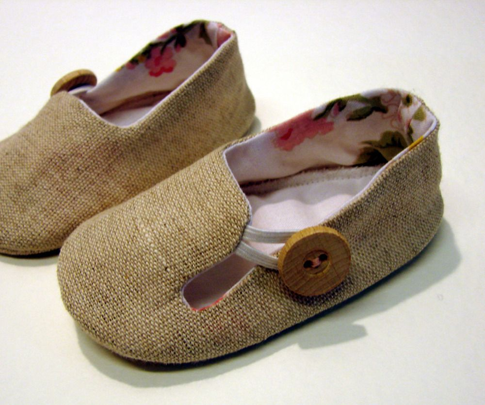 baby loafer shoes sewing pattern diy en tissus et cie pinterest chaussons b b couture. Black Bedroom Furniture Sets. Home Design Ideas
