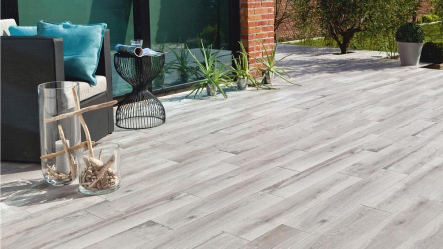 Quand le carrelage trompe-lœil embellit la terrasse