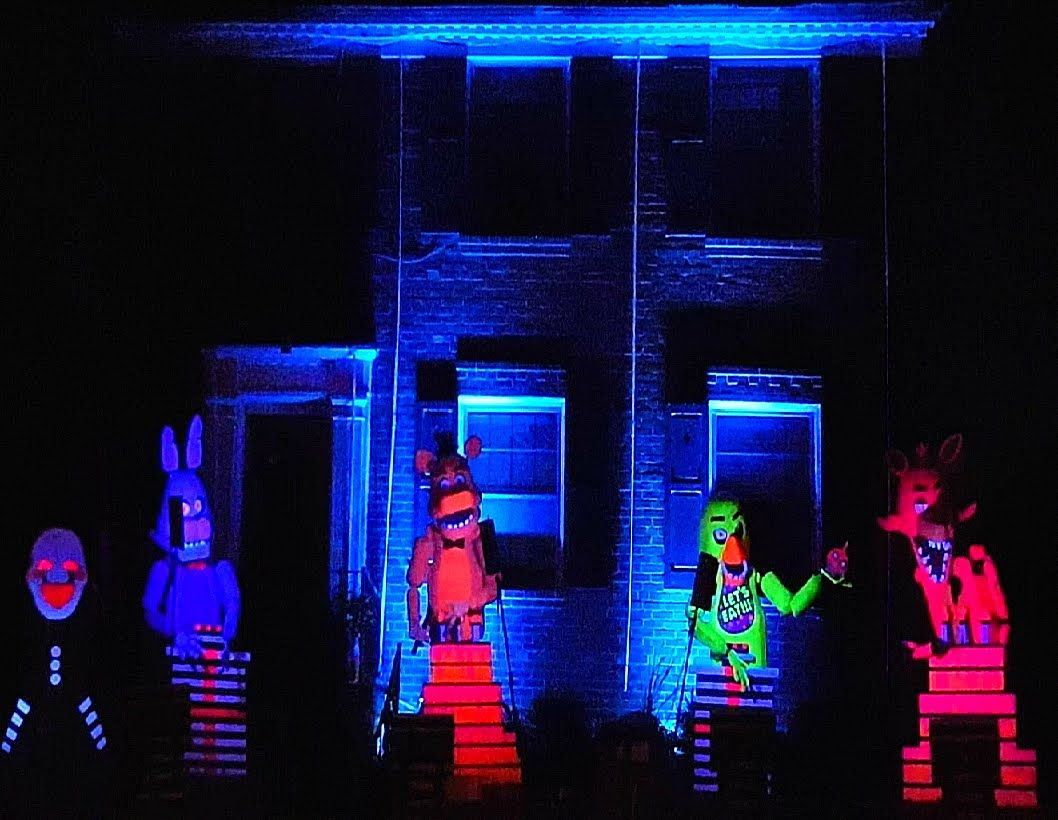 BEST Halloween Light Show: Five Nights at Freddy's | Autumn - From ...