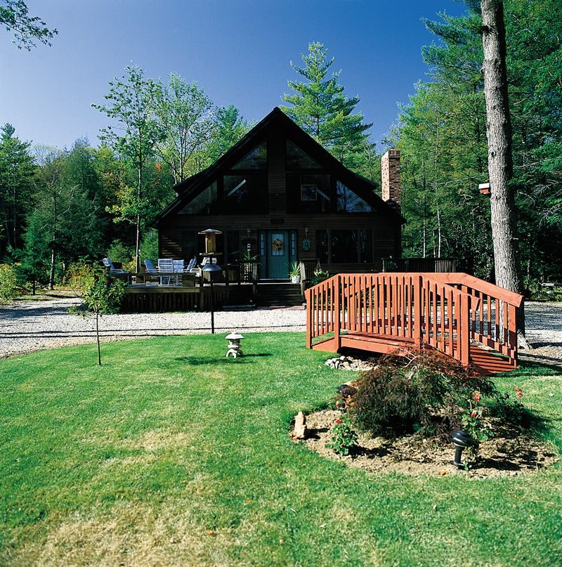 Rustic Luxury Lake Homes: From Houseplansandmore.com
