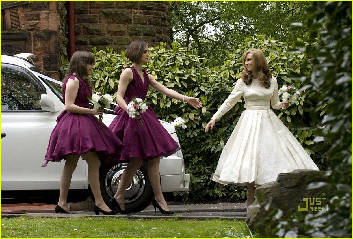 Keira Knightley: Bridesmaid at Brothers Wedding! | keira knightley brothers wedding bridesmaid 04 - Photo
