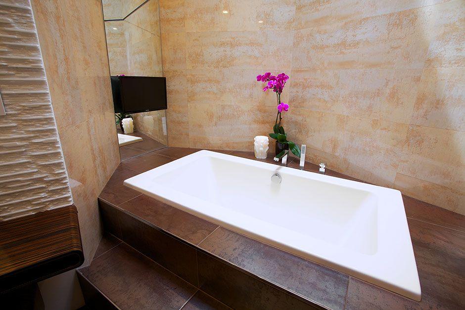 Janine Dray Bathroom, NY | Porcelanosa