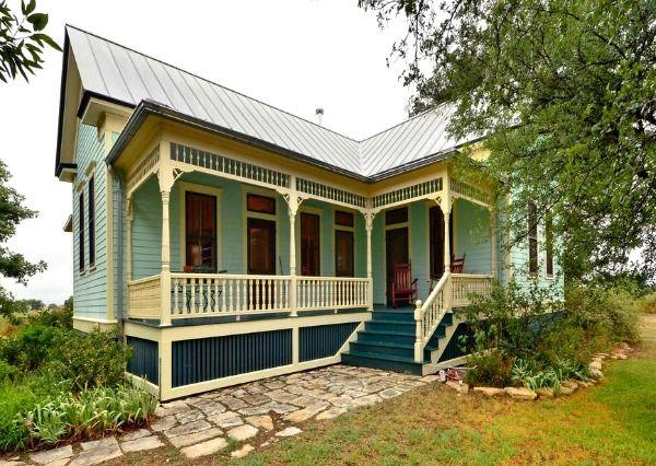 A Small Texas Farmhouse Built In 1895 Texas Farmhouse Farm