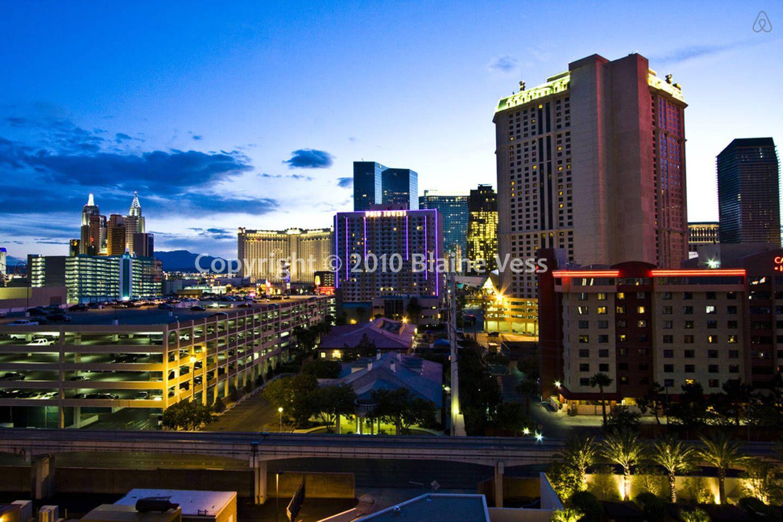 7th Floor Strip View Mgm Signature Apartments For Rent In Las Vegas Las Vegas Vacation Rentals Las Vegas Condo Rental
