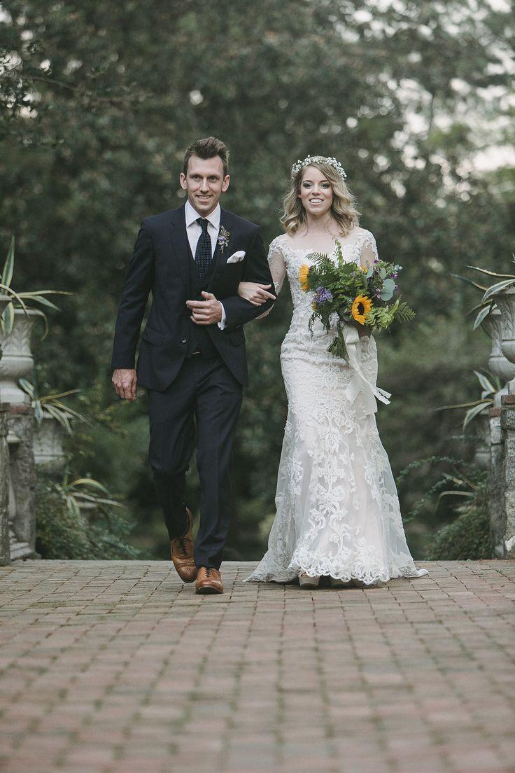 Sunflower boho fall wedding echard wheeler photography flowers by