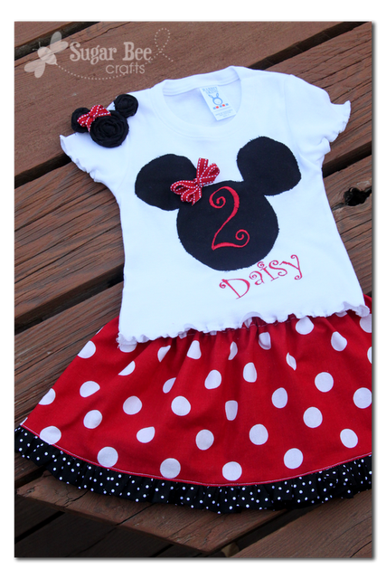 Minnie Outfit, hairclip - and labels | Nähen