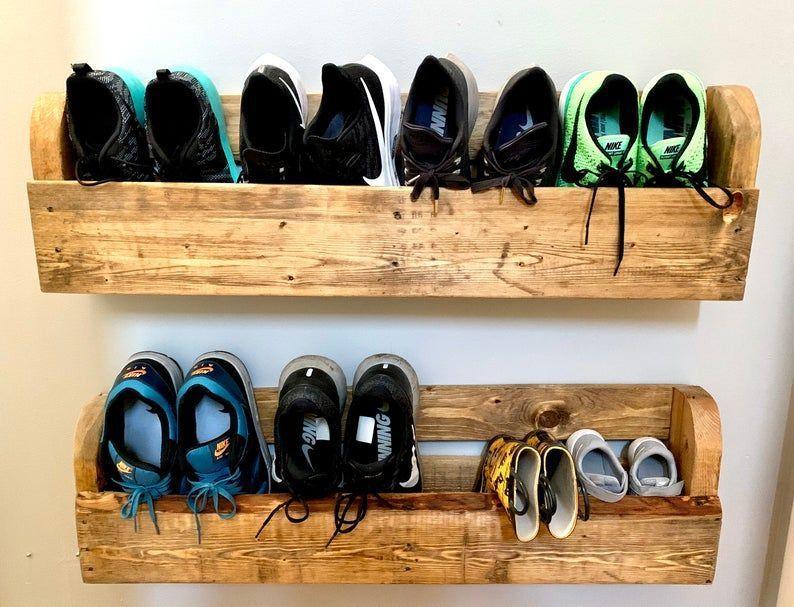 Wood Shoe Rack Pallet Shelf Wood Shelves Reclaimed Wood Shelf Pallet Furnitu Furnitu Pallet Ra In 2020 Wooden Shoe Racks Reclaimed Wood Shelves Wood Shoe Rack