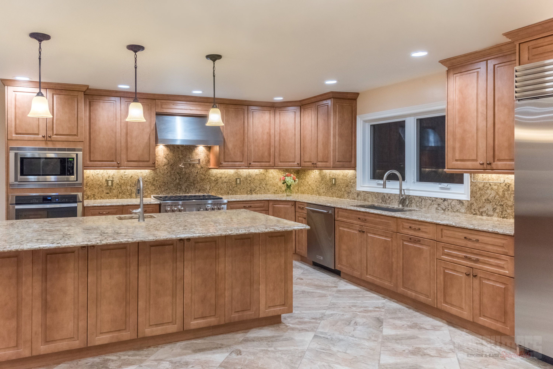 Pin de Consumers Kitchens & Baths en Roslyn Multi-Room | Pinterest