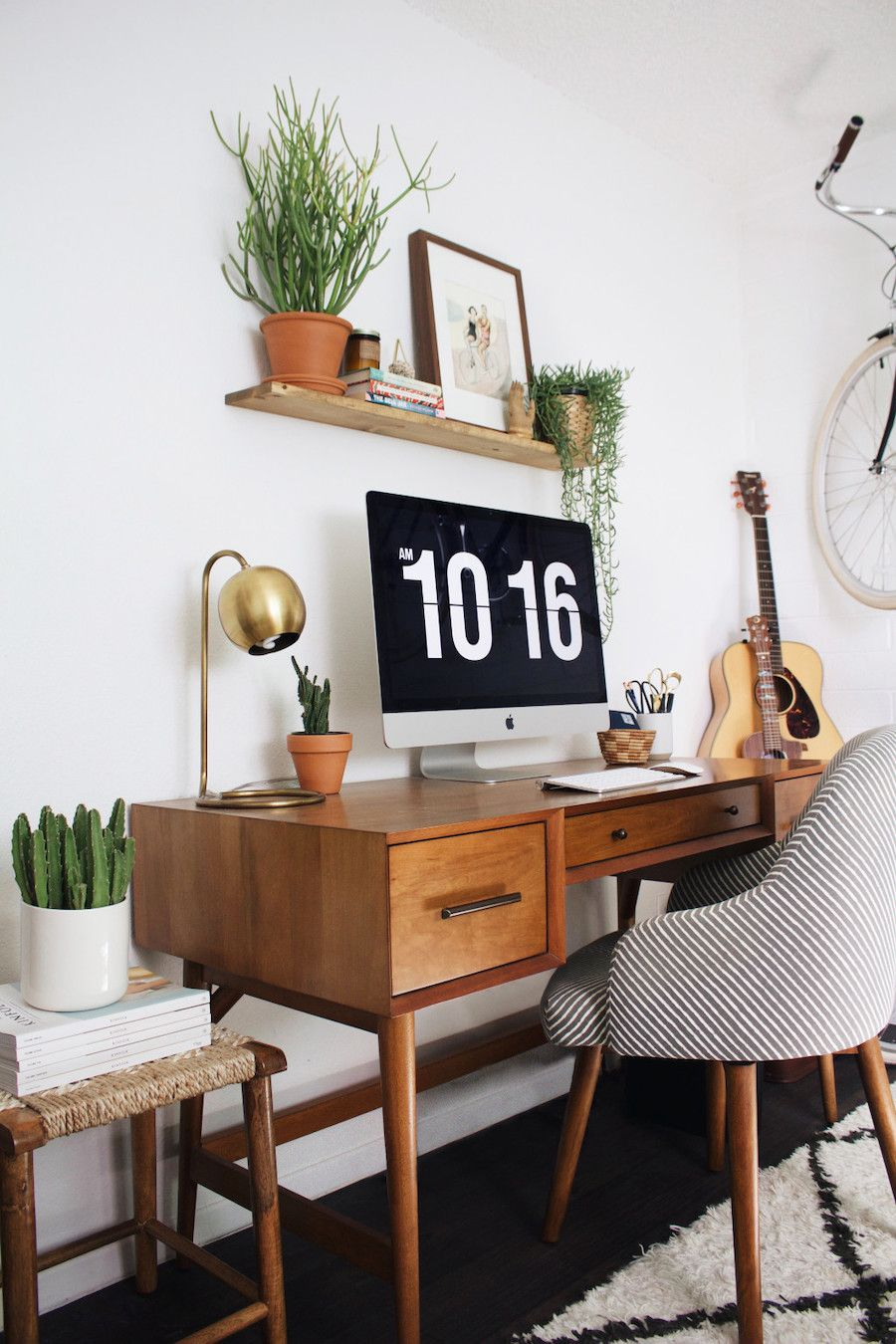 Mid Century Modern Desks Don T Have To Be Sourced From An Antique Shop Or Yard Sale Nowadays The Home Office Design Home Office Decor Mid Century Modern Desk