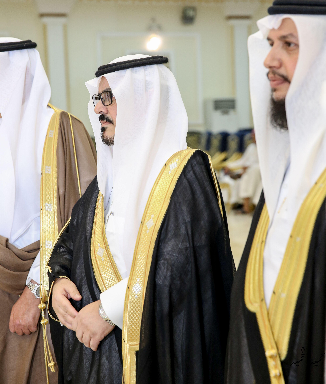 المستشار آل محسن يهنئ الملك سلمان وولي عهده والشعب السعودي باليوم الوطني Fashion Sari Saree