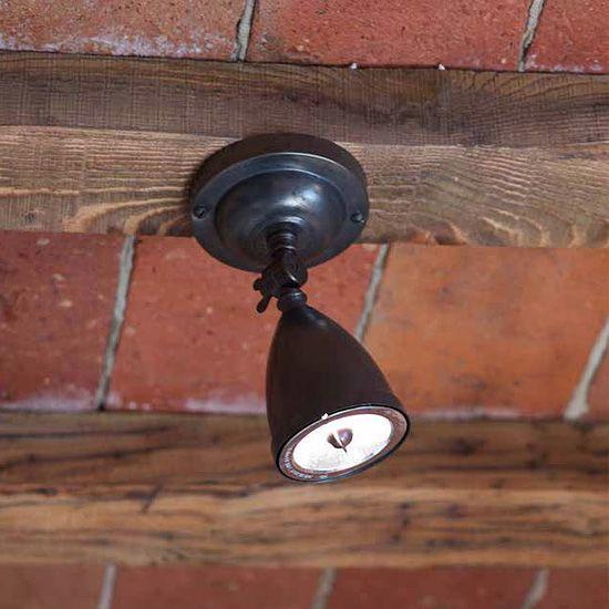 Einstellbarer, nostalgischer Halogen-Strahler aus Messing von - lampe für küche
