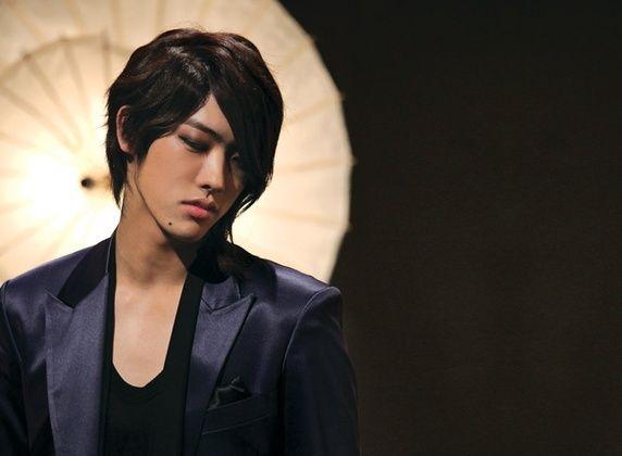 Are There Any Non Korean K Pop Stars What Do Koreans Think Of Them Cross Gene Korean K Pop K Pop Star