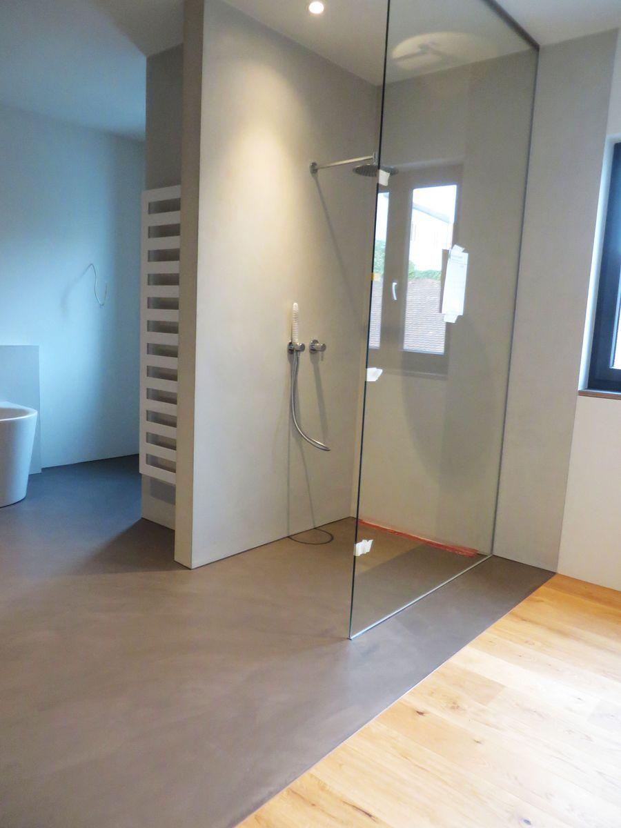 Fugenloses Bad Langjahrige Erfahrung Fugenlos Modern De In 2020 Fugenloses Bad Badezimmer Design Dachboden Dusche