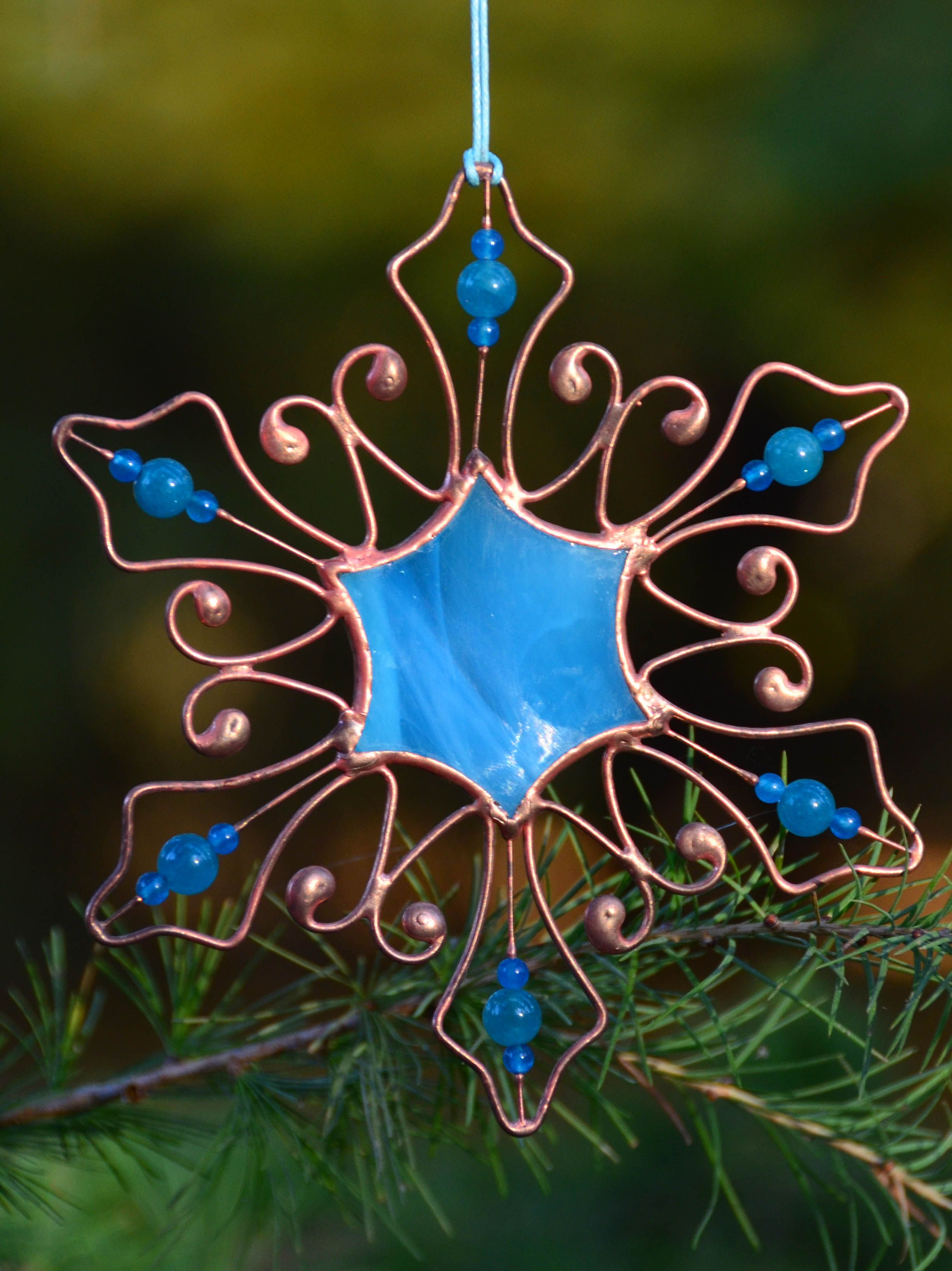 Christmas Suncatcher Snowflake Stained Glass Ornaments Etsy In 2021 Stained Glass Ornaments Stained Glass Christmas Stained Glass Gifts