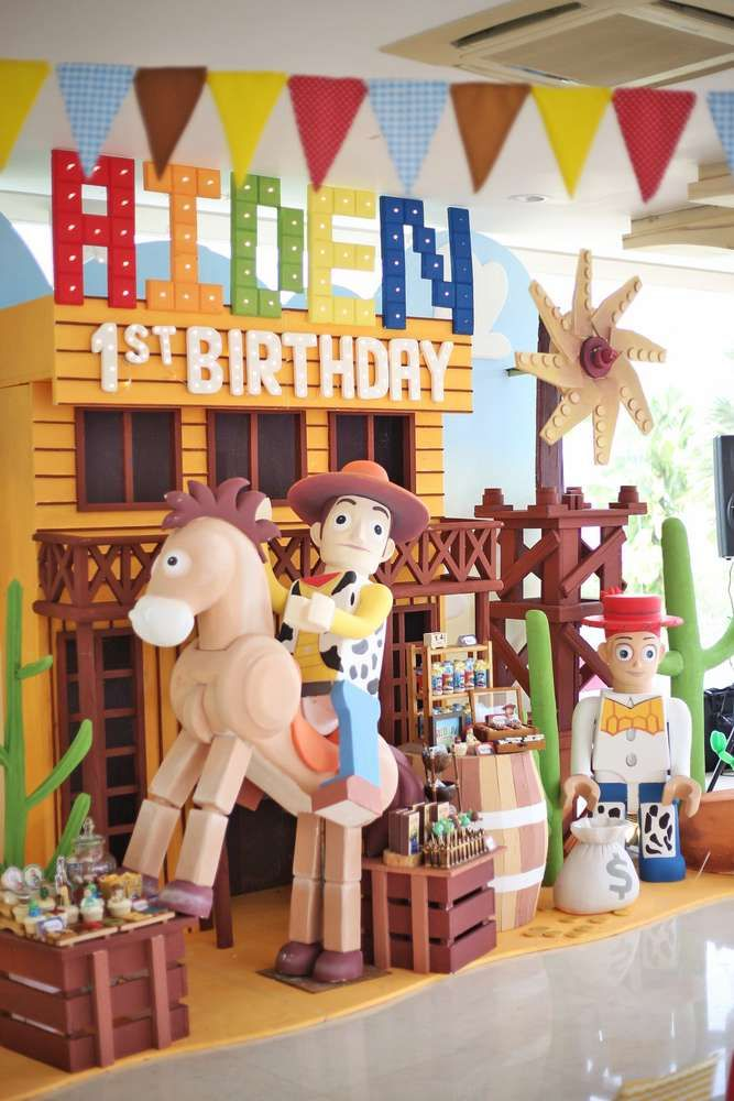 Toys For A 1st Birthday : Toy story birthday party ideas toys