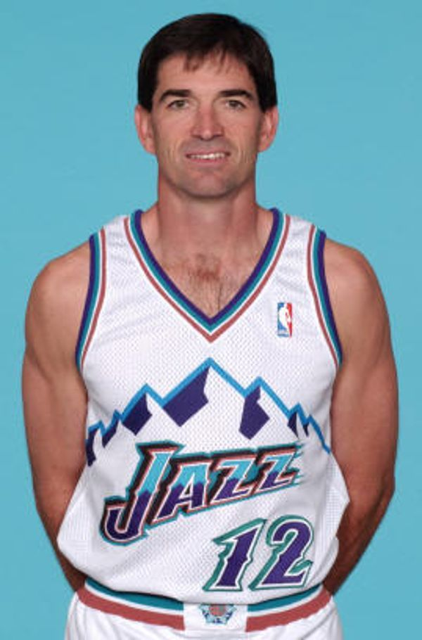 93ddb65ed68 John Stockton's brother Steve Stockton was also involved into basketball as  he was a player for the University of Washington Huskies.