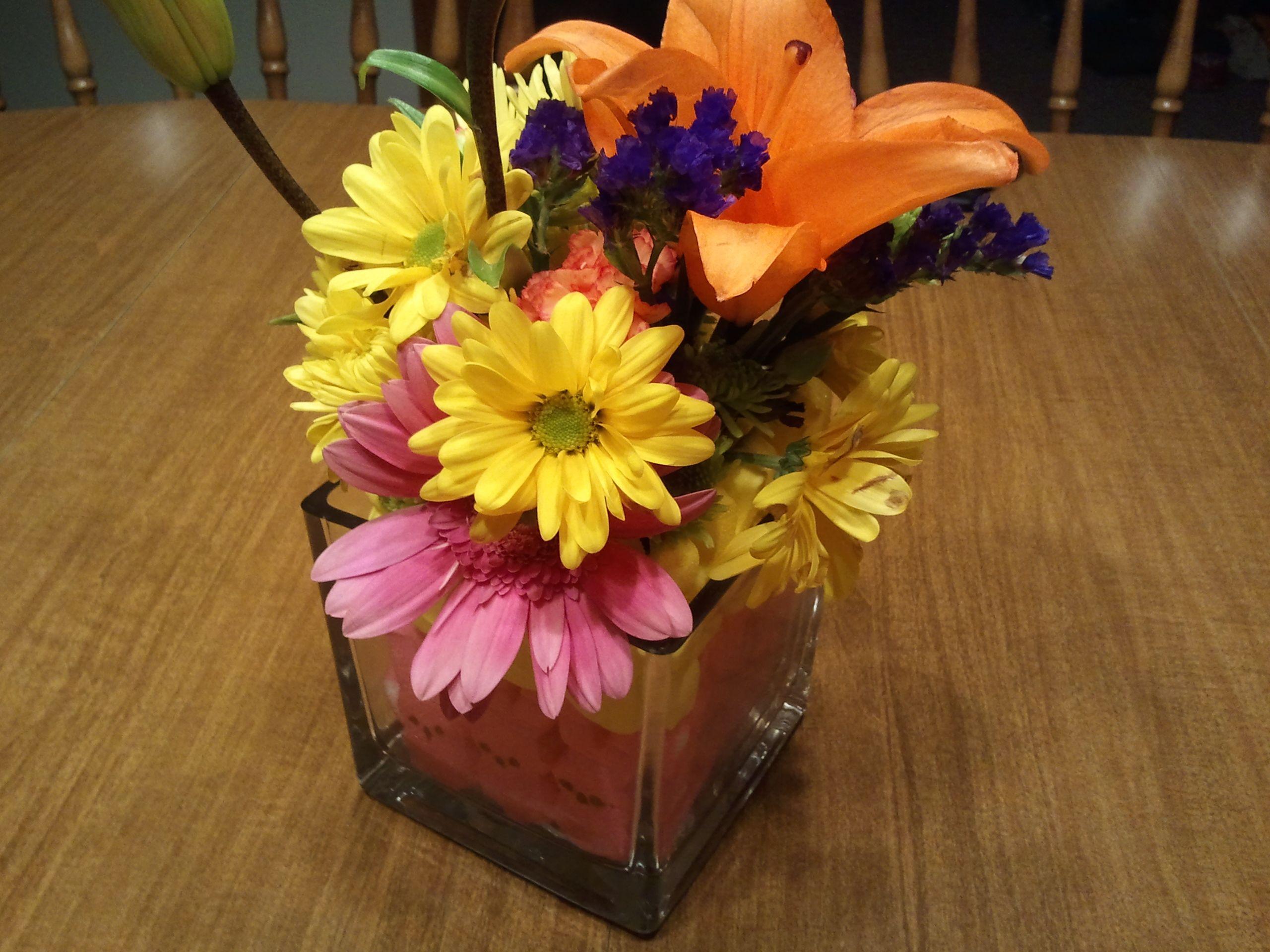 Diy arrange your favorite bouquet of flowers in a small square diy arrange your favorite bouquet of flowers in a small square glass vase and add reviewsmspy