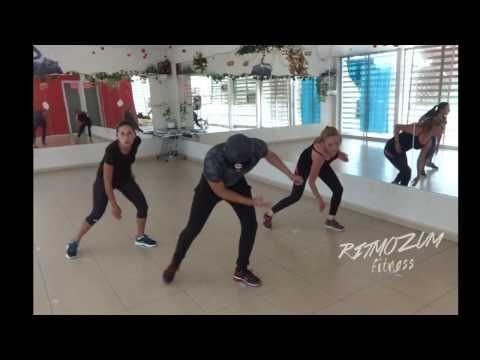 Posturas de yoga para adelgazar principiantes zumba