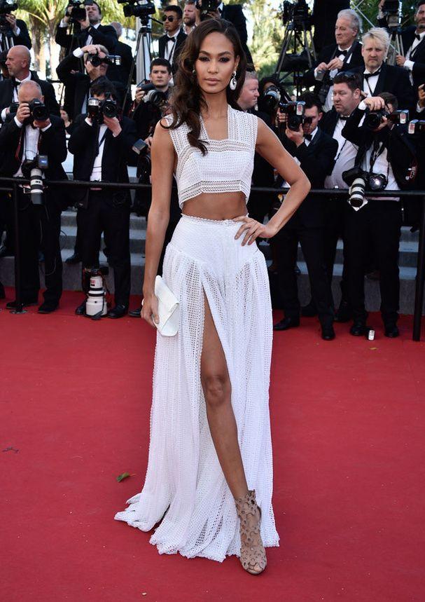 0ab964c85f Cannes - J8   les plus belles robes de la montée des marches ...
