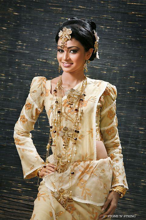 Osariya Kandyan Bridal Sri Lankan Style Pinterest