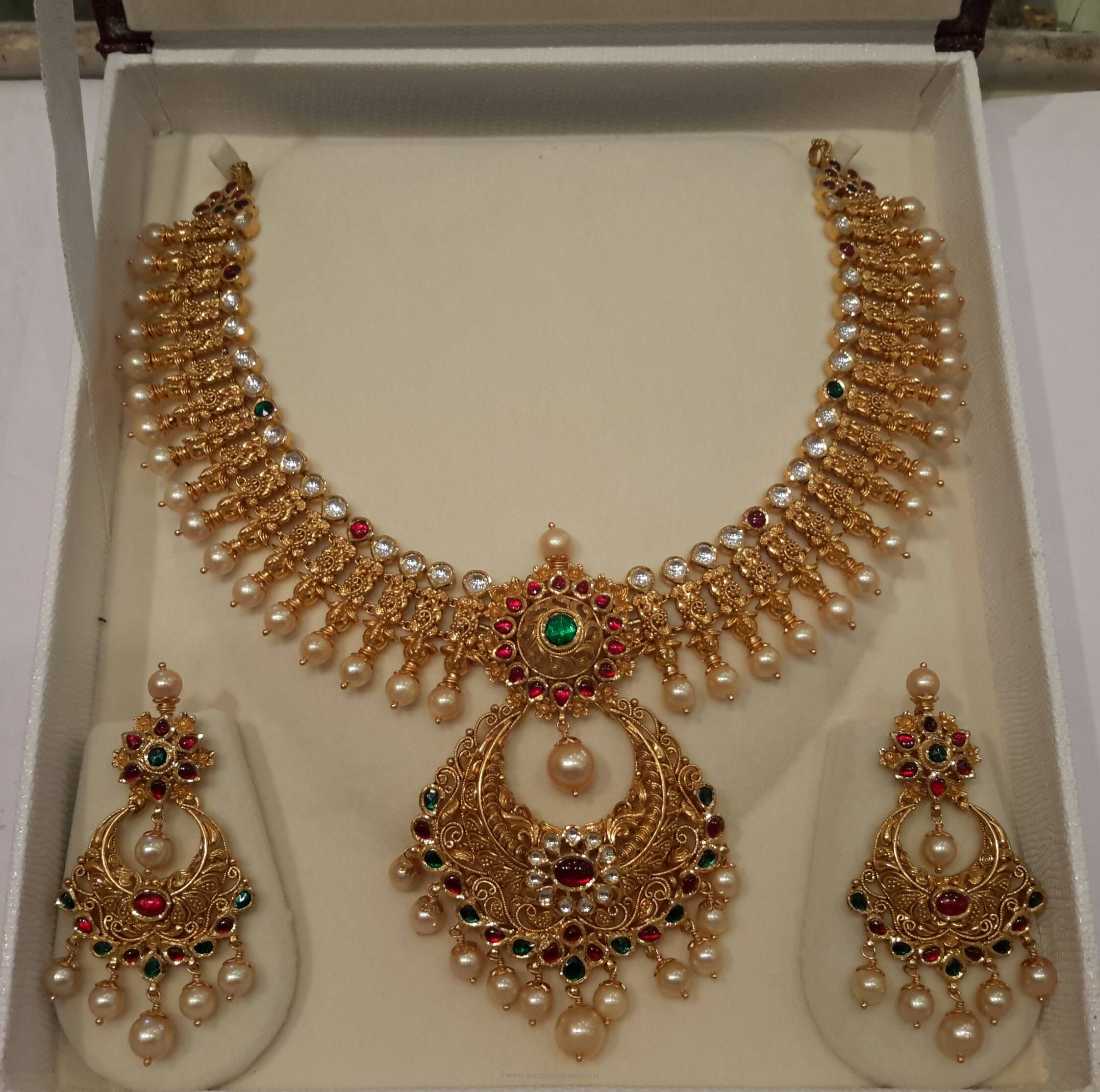 Gold Pearl Necklace Desgins, Pearl Necklace Models, Pearl Necklace  Collections