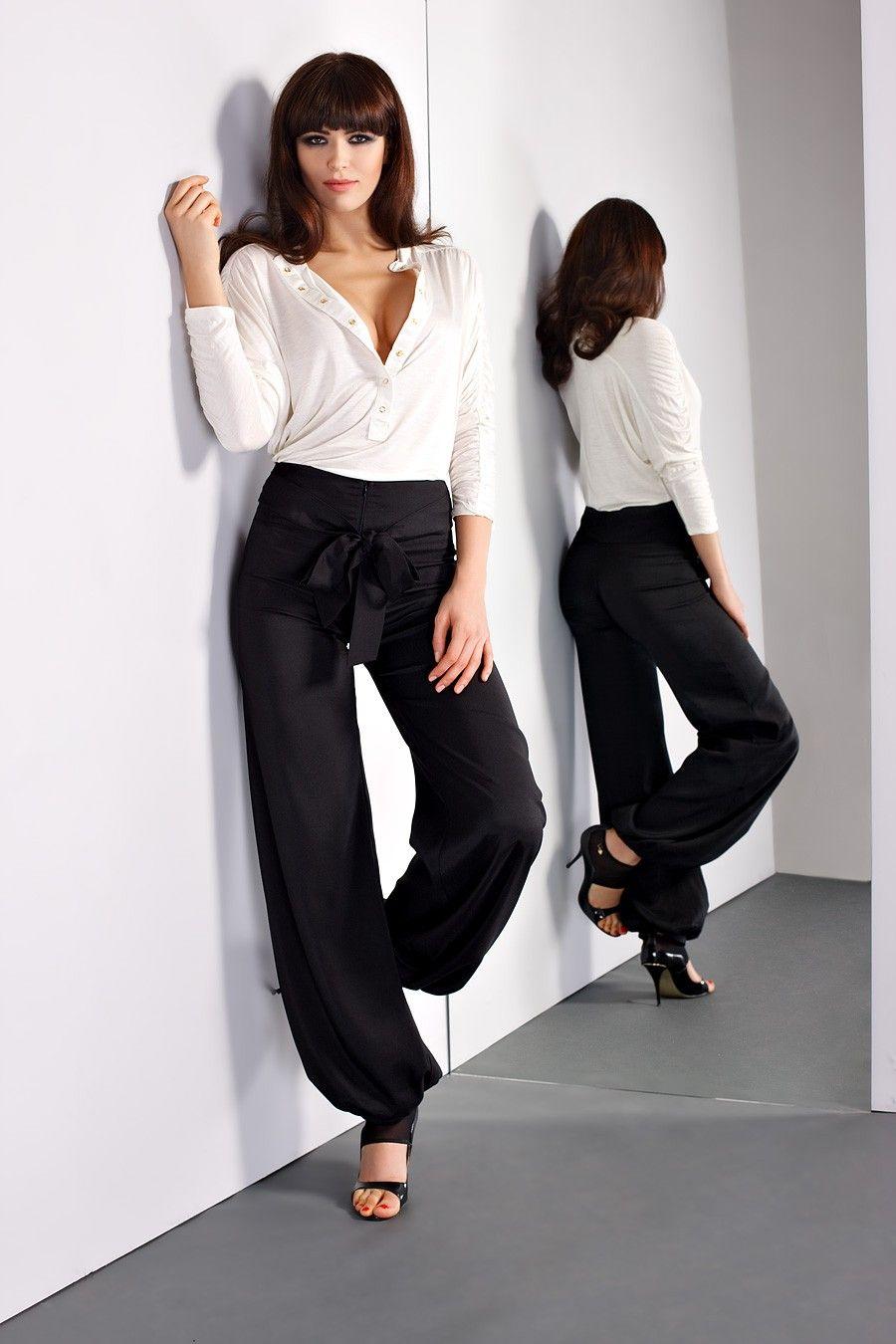 pantalon bouffant noir avec noeud sur la taille black white style tendance noir blanc. Black Bedroom Furniture Sets. Home Design Ideas