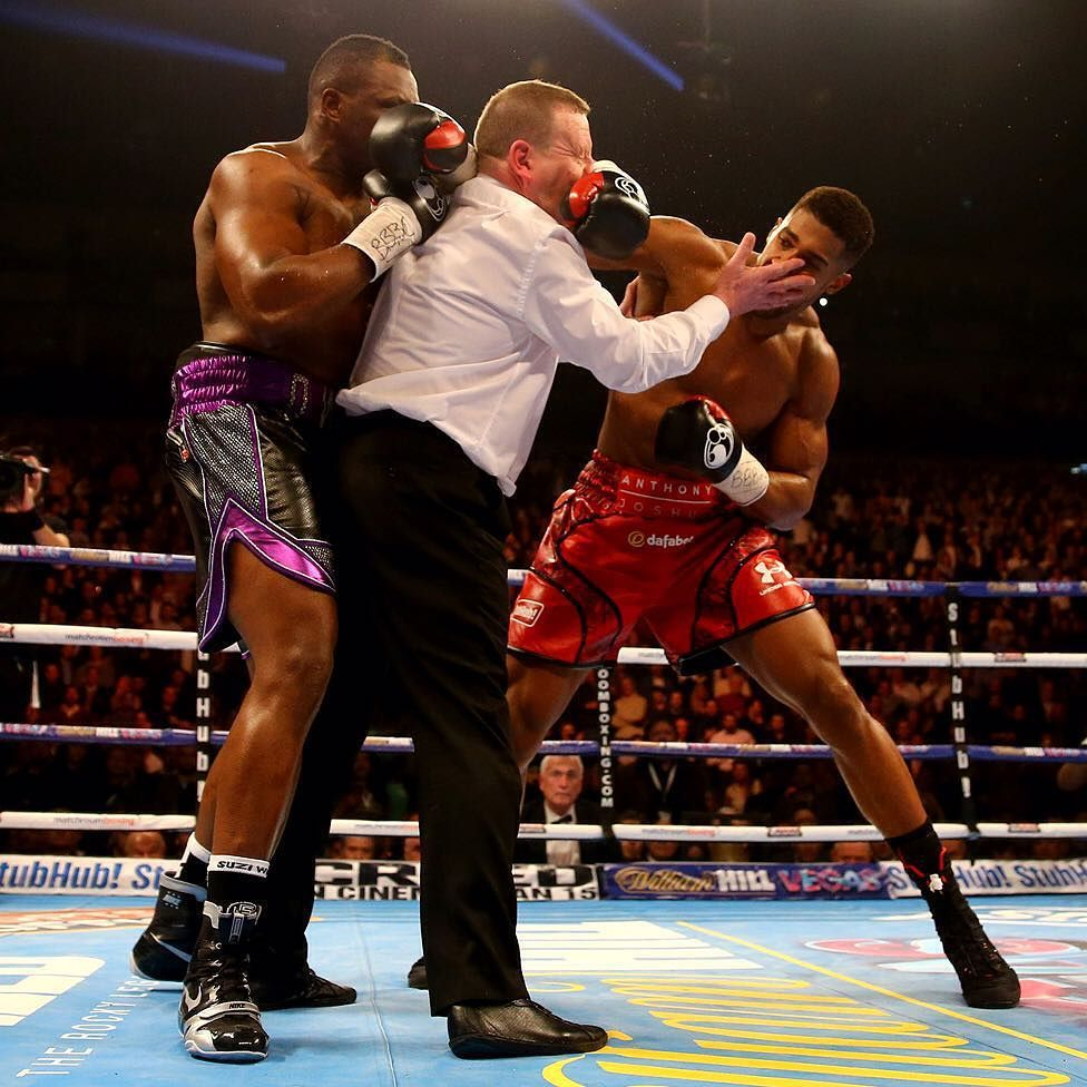 Bbc News On Instagram 14 Dec Anthony Joshua R Throws A Punch After The Bell At The End Of The First Round As Anthony Joshua Boxing Images Funny Pictures