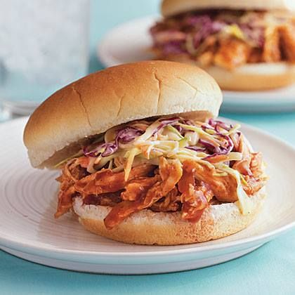 The whole family will love this pulled barbecue chicken sandwich, complete with crunchy, creamy coleslaw. The best part? It's under 300 calories: http://ow.ly/zh63w