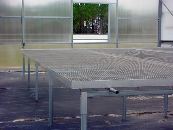 Rolling benches 1 | Greenhouse Tables | Greenhouse tables ...