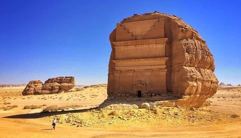مدائن صالح الموقع الأثري الأشهر والأكثر غموضا بالسعودية Sister Cities Ancient Ruins Ancient Tomb