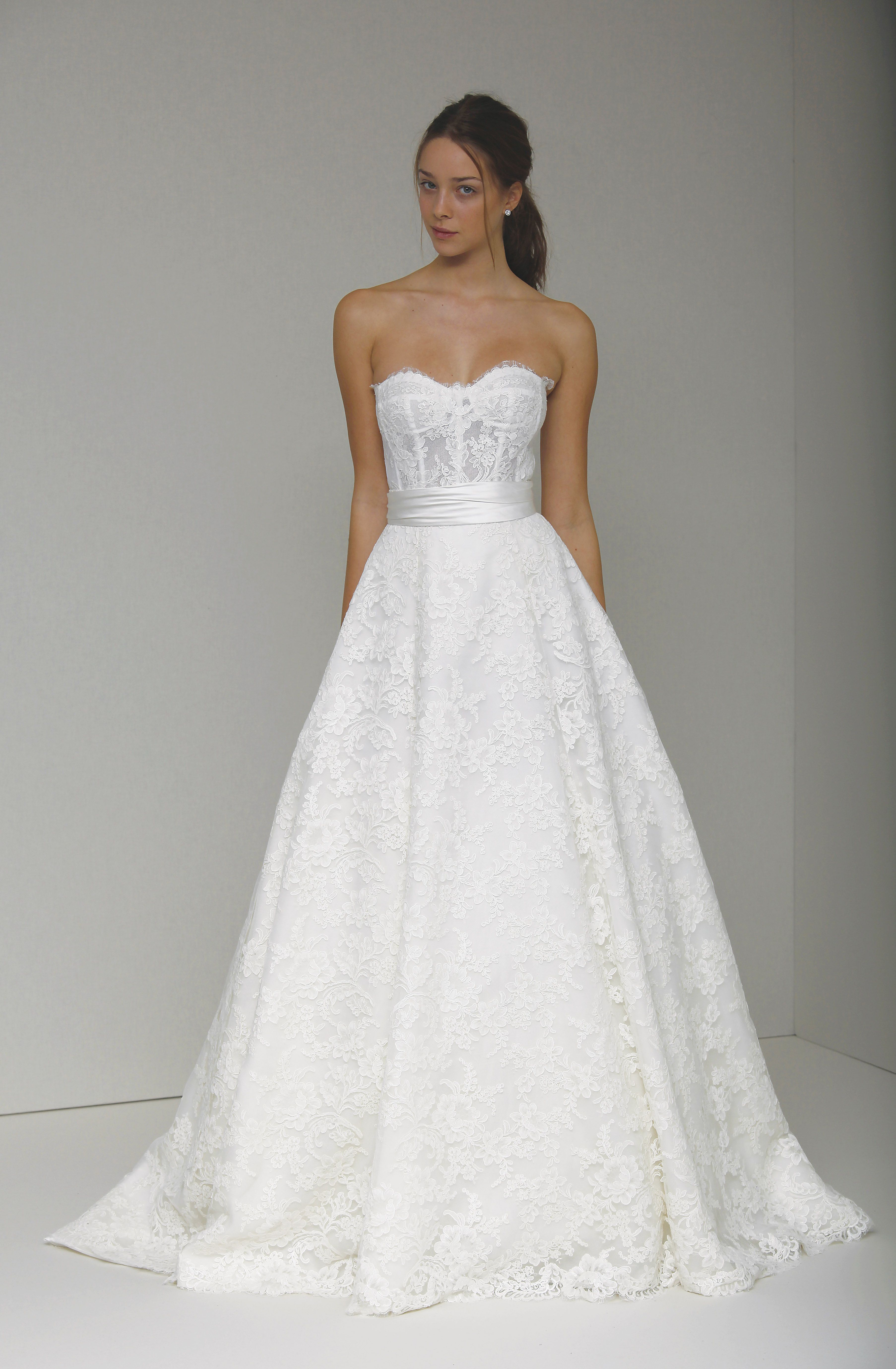 Monique Lhuillier Augustine The Plumed Serpent Bridal Carrie Underwood Wedding Dress Wedding Dresses Strapless Bridal Gowns