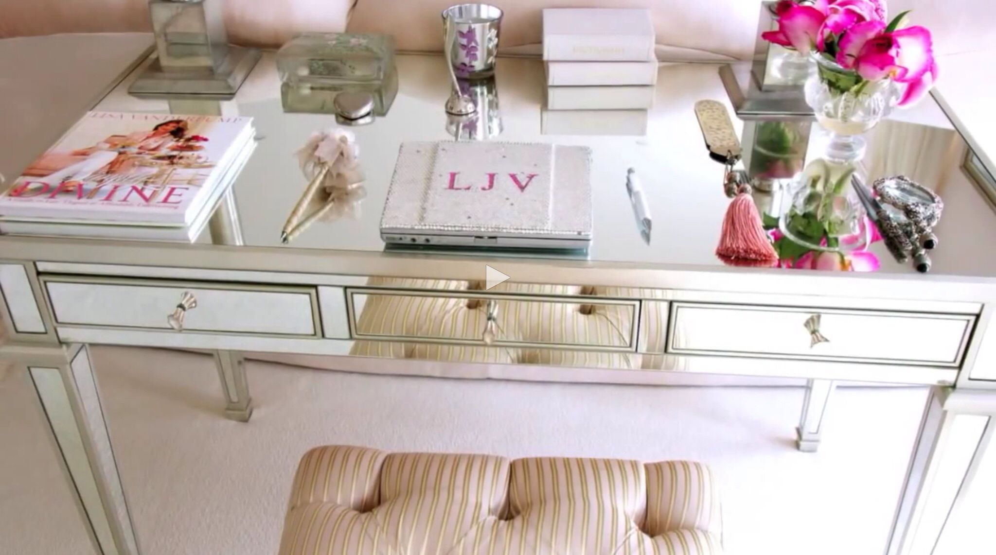 Villa Rosa Master Bedroom Sitting Area Desk Lisa Vanderpump Home