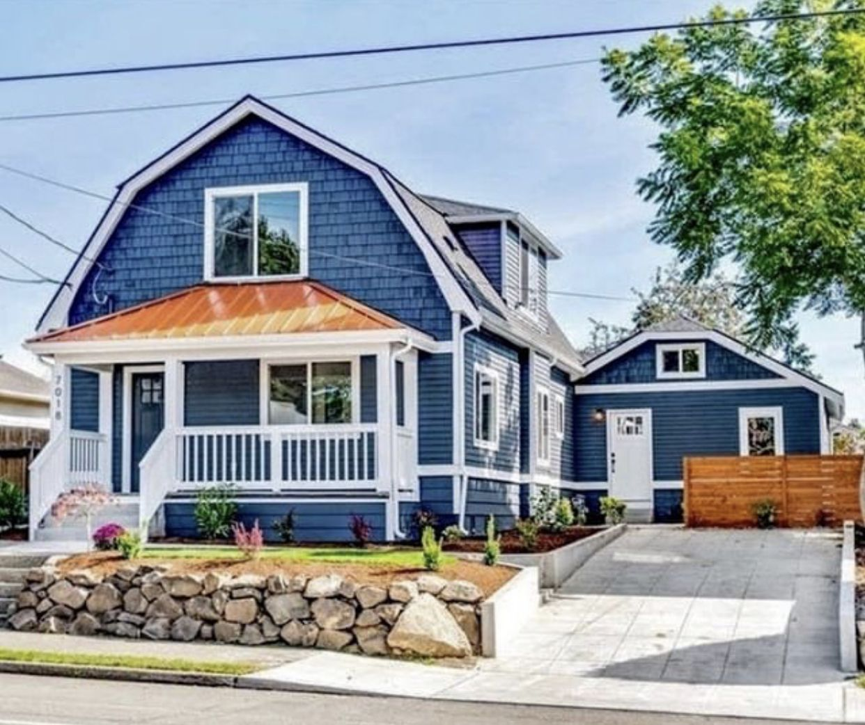 Like This Garage And The Blue Paint With Copper Roof Copper Roof House House Exterior Blue Copper House