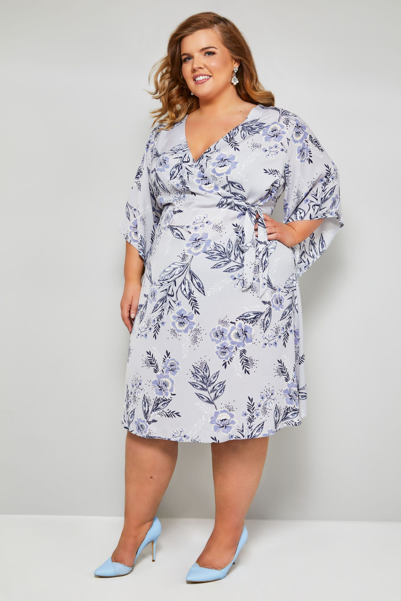 7cc28e8401cef YOURS LONDON Light Blue   Grey Floral Wrap Dress With Tie Waist