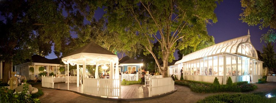gorgeous indoor outdoor venue in river oaks area of houston small weddingsgarden