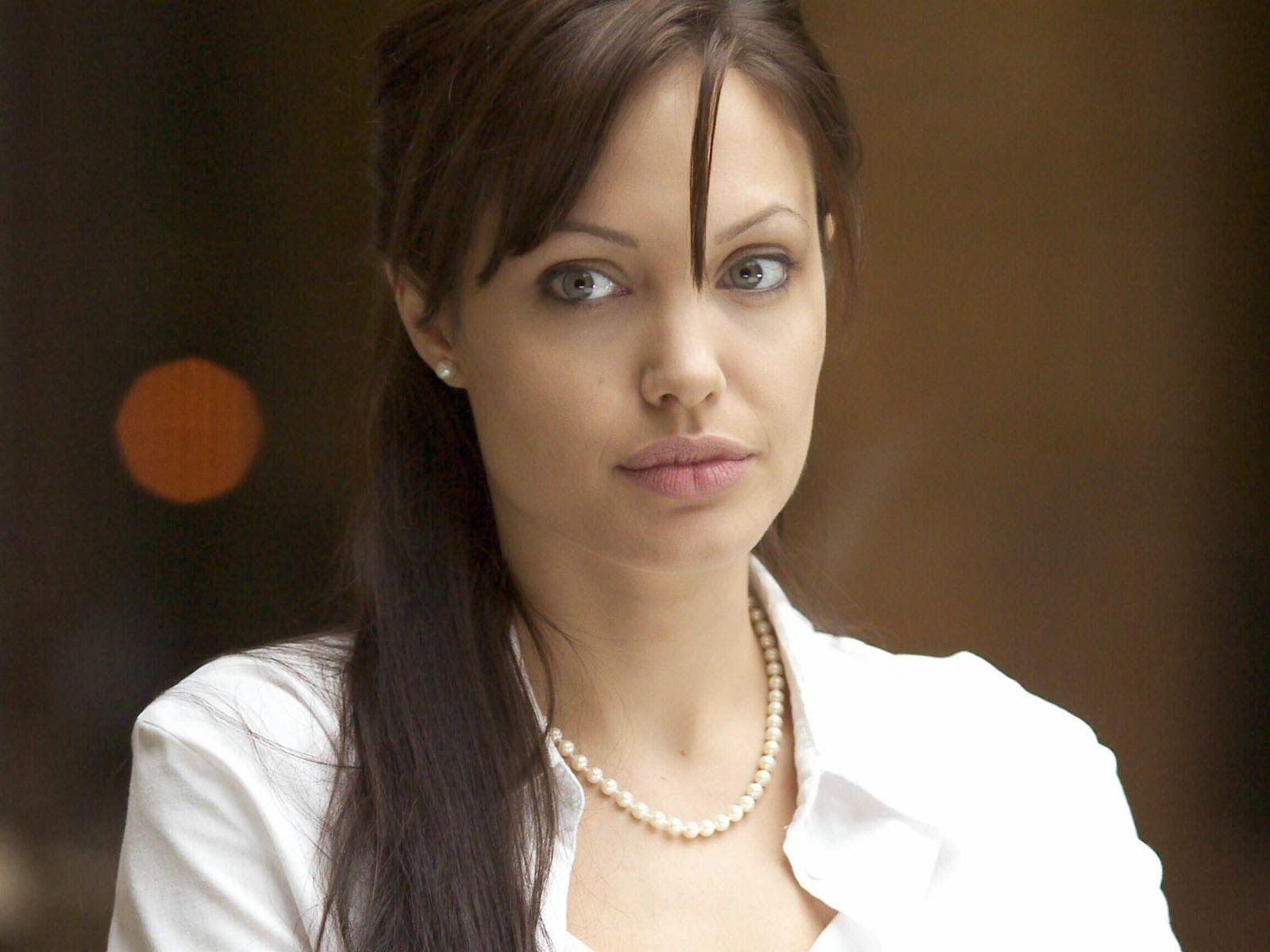 Angelina Jolie photo, pics, wallpaper - photo #446233