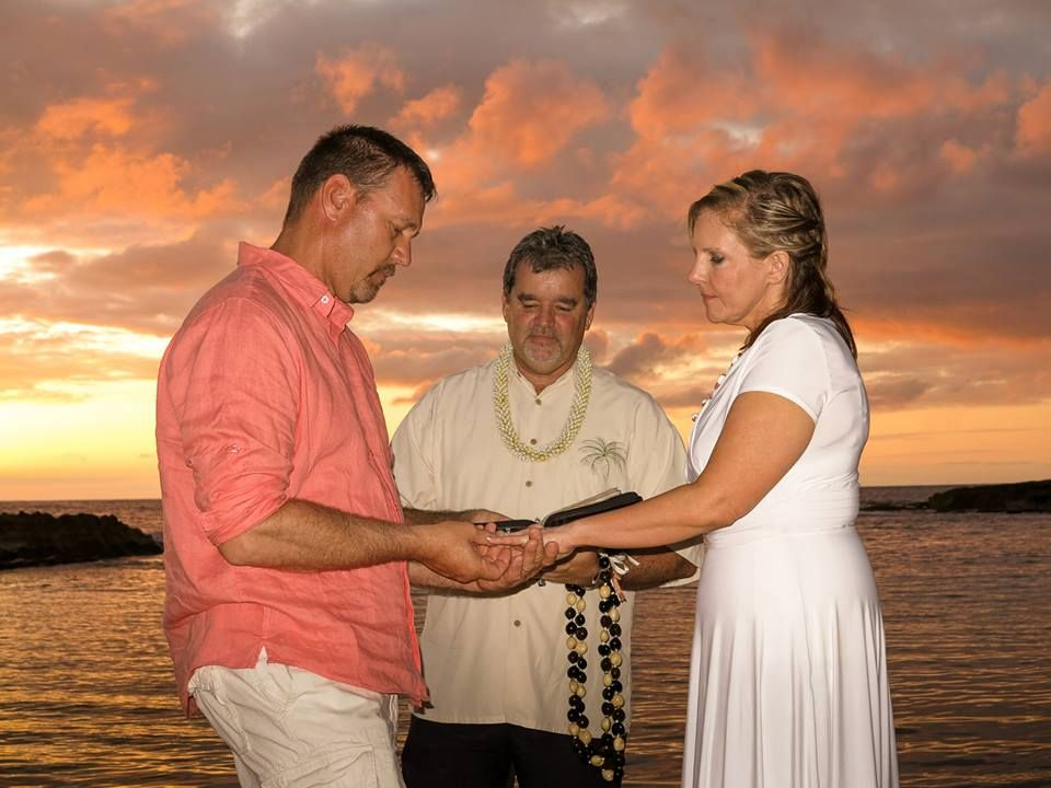 Oahu Wedding Packages Great Yelp Ratings We Are The Trusted Planners And Photographers In Hawaii Affordable Cheap