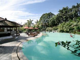 Novus Puncak Resort Spa Http Indonesiamegatravel Com Novus Puncak Resort Spa Outdoor Pool Swimming Pools